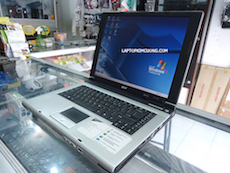 Laptop Acer TravelMate 3000 (PenM,R2,40)